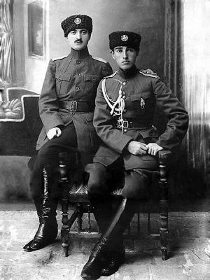دو-سرباز